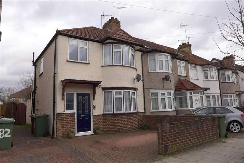 3 Bedrooms Property for sale in Carmelite Road, Harrow Weald, Middlesex