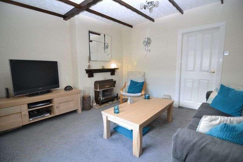 3 Bedrooms Terraced House for sale in Central Avenue, Kilbirnie