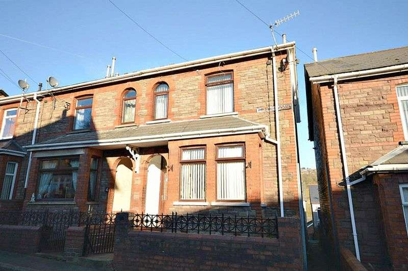 2 Bedrooms Terraced House for sale in Park Terrace, Pontnewynydd