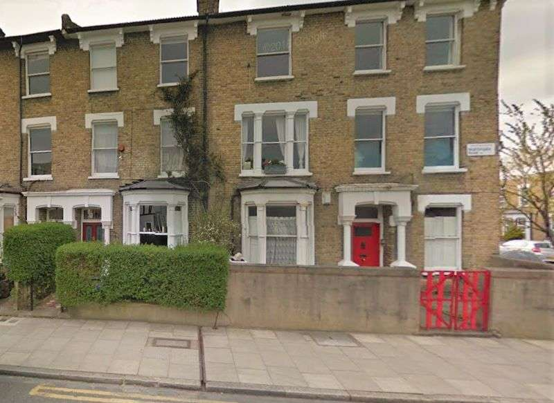 1 Bedroom Flat for sale in Nightingale Road, London, E5