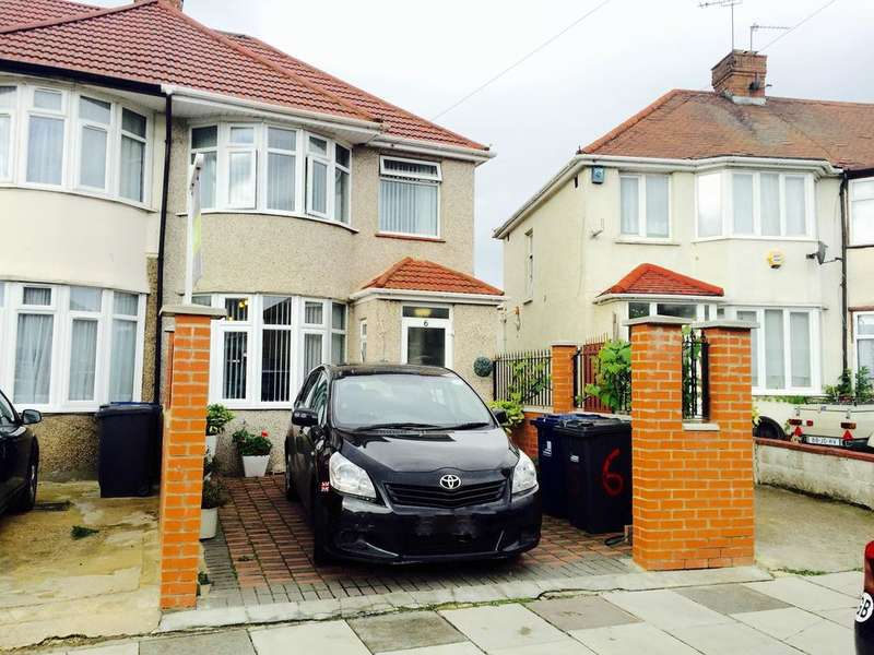 3 Bedrooms Semi Detached House for sale in Laburnum Grove, Southall UB1