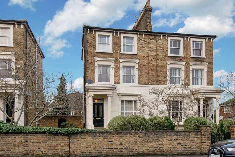 2 Bedrooms Duplex Flat for sale in Victoria Park Road, Hackney, London E9