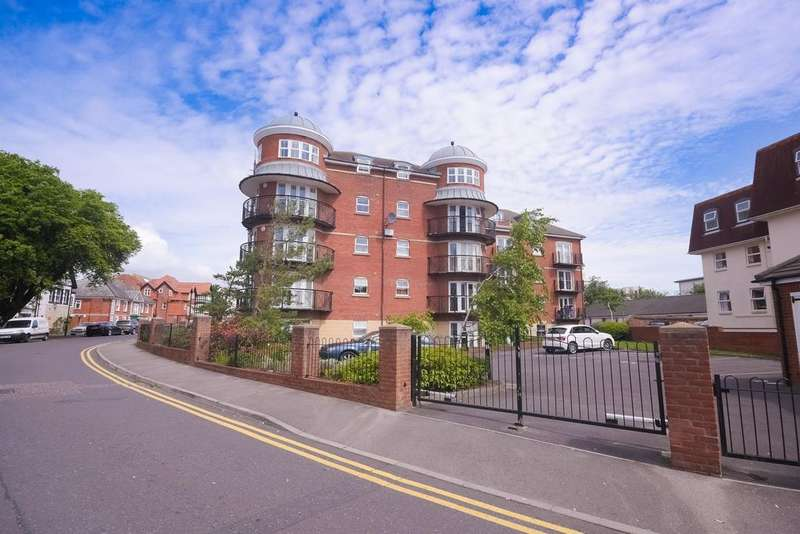 2 Bedrooms Apartment Flat for sale in 10A Boscombe Spa Road BH5