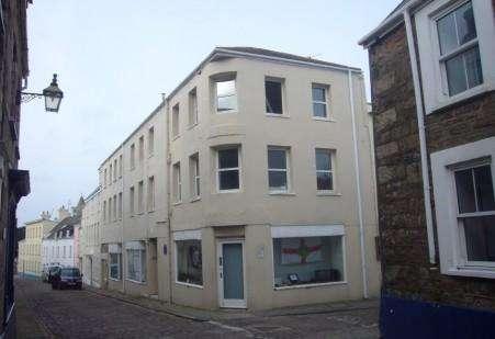 1 Bedroom Maisonette Flat for sale in 8-9 High Street, GY9 3TG, Alderney GY9