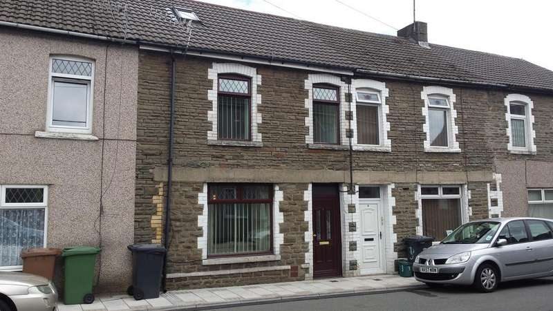 3 Bedrooms Terraced House for sale in Commercial Street, Blackwood NP12