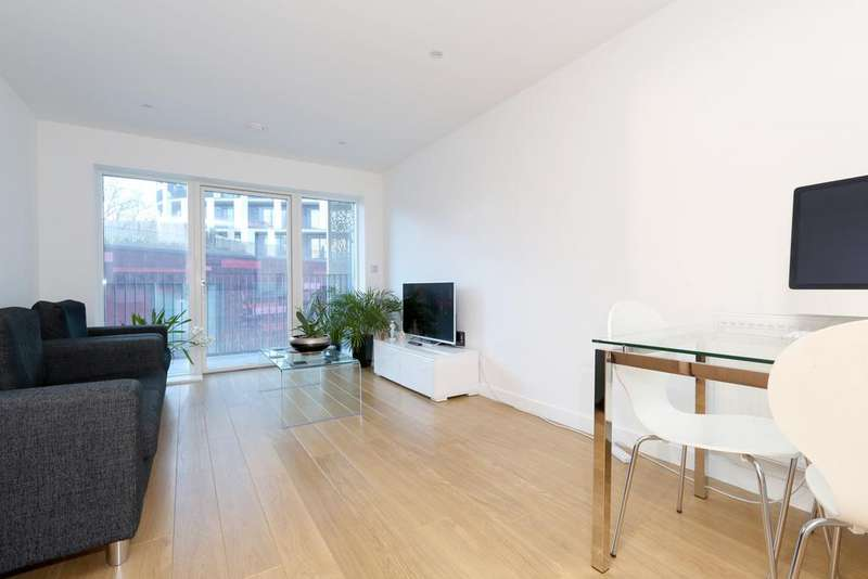 1 Bedroom Flat for sale in Atkins Square, London, E8