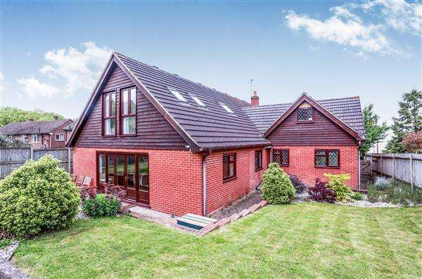 5 Bedrooms House for sale in Corner Bungalow, Dunkirk Road North, Dunkirk