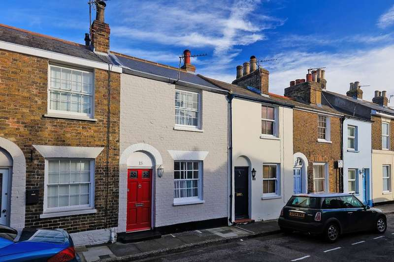 2 Bedrooms Property for sale in Nelson Street, Deal, CT14