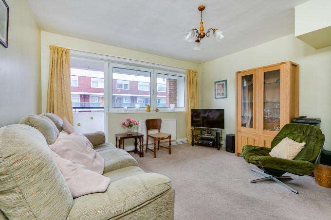 2 Bedrooms Flat for sale in Field Road, Hammersmith, London W6