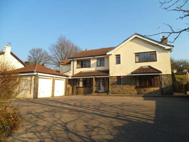 5 Bedrooms Detached House for sale in Glanogwr Court, Church Road, Bridgend CF31