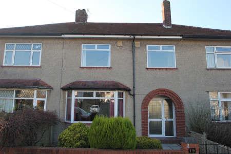 3 Bedrooms Property for sale in Harbury Road, Henleaze, Bristol BS9 4PN