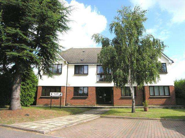 1 Bedroom Apartment Flat for sale in Barrowell Green, Winchmore Hill N21