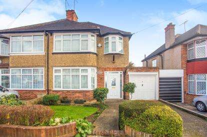 4 Bedrooms Semi Detached House for sale in Waltham Avenue, London, Kingsbury, London