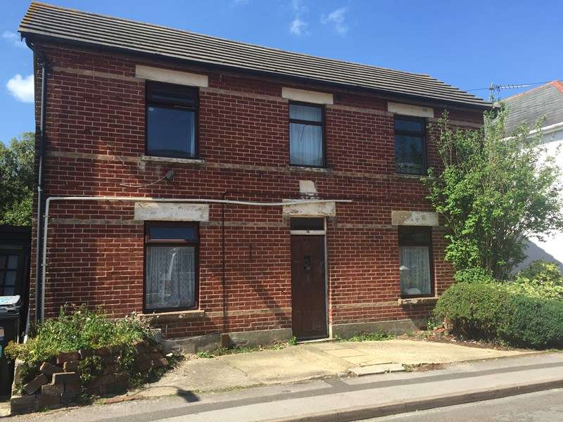 3 Bedrooms Detached House for sale in Livingstone Road, Southbourne, Bournemouth
