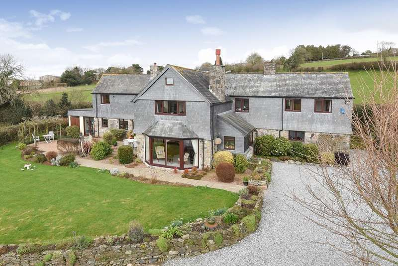 5 Bedrooms Detached House for sale in Near Cornwood