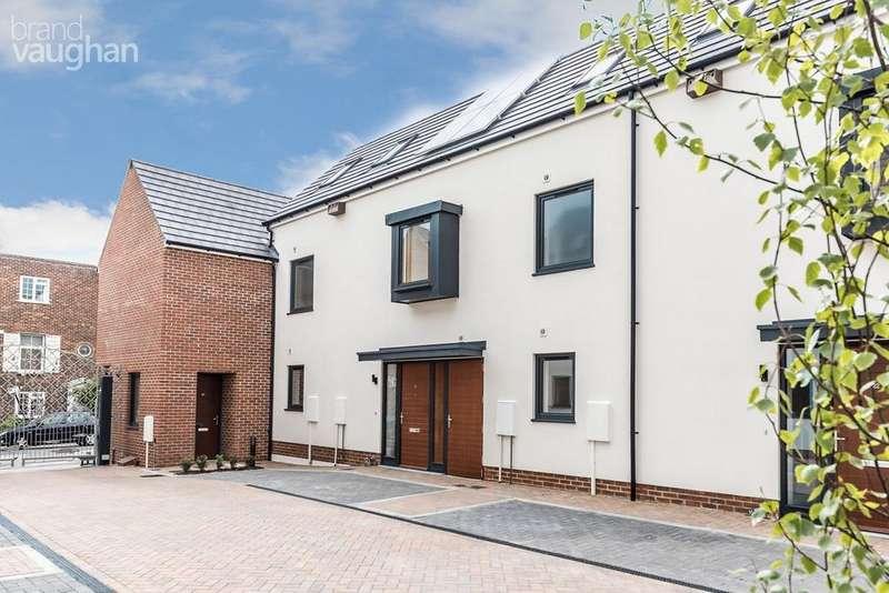4 Bedrooms Terraced House for sale in Bristol Gardens, Brighton, BN2