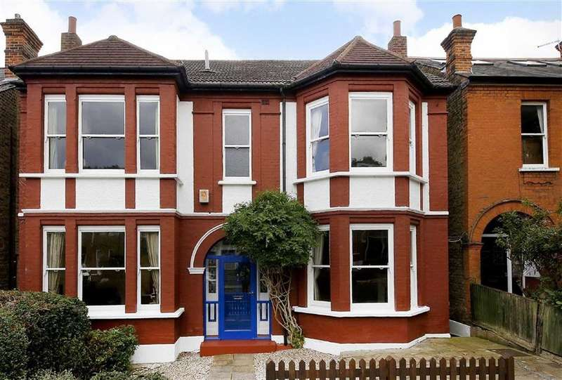 5 Bedrooms Detached House for sale in Thornlaw Road, London