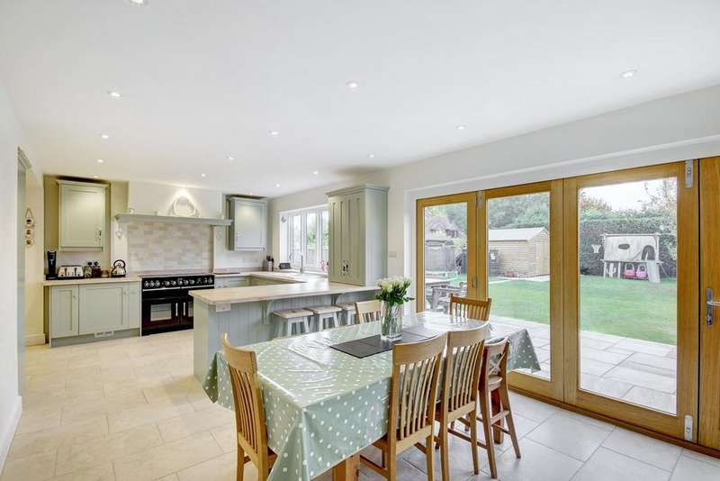 5 Bedrooms Detached House for sale in New Road, Charney Bassett, Wantage, OX12