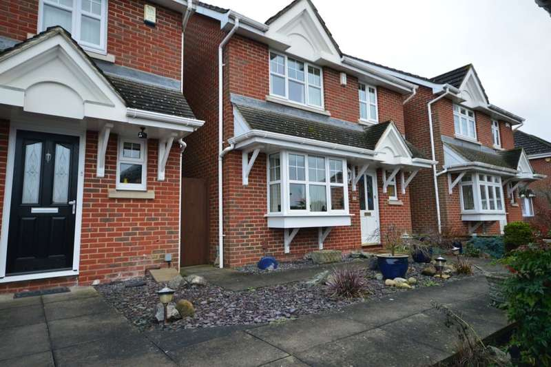 4 Bedrooms Detached House for sale in Copse Close Pattens Lane, Rochester, ME1