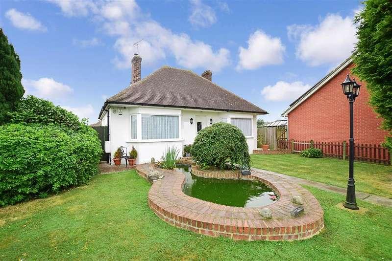 3 Bedrooms Bungalow for sale in Hever Avenue, West Kingsdown, Sevenoaks, Kent