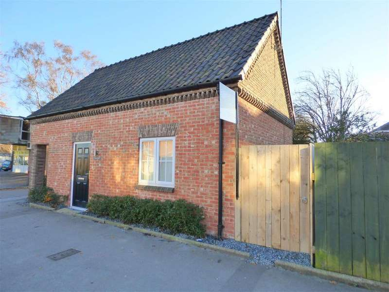 2 Bedrooms Detached House for sale in Longcon Cottage, St Leonards Road, Beverley, East Riding of Yorkshire
