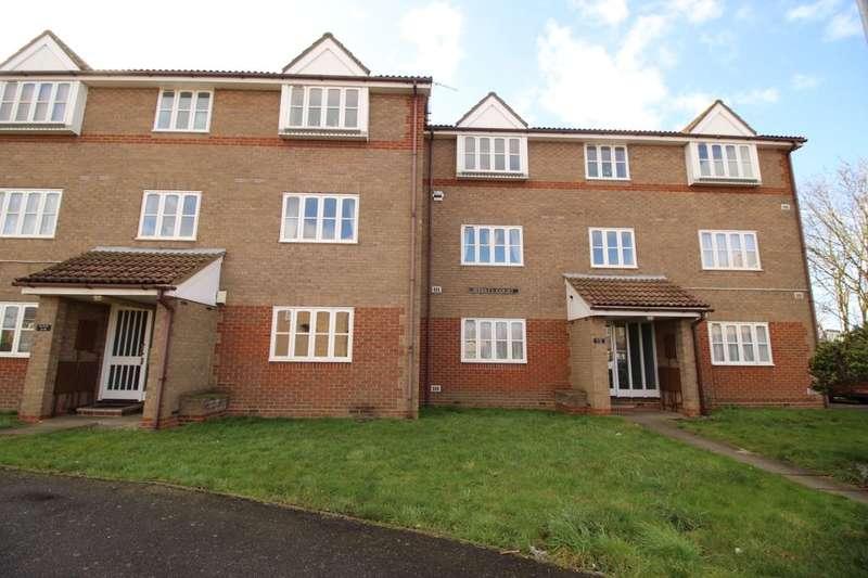 1 Bedroom Flat for sale in Weekes Court Mount Field, Queenborough, ME11