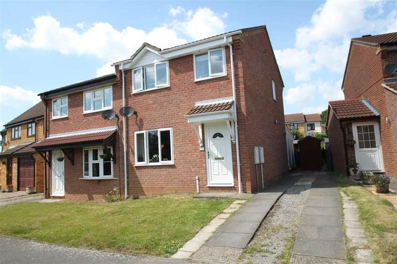3 Bedrooms Semi Detached House for sale in Lionel Hurst Close, Great Cornard