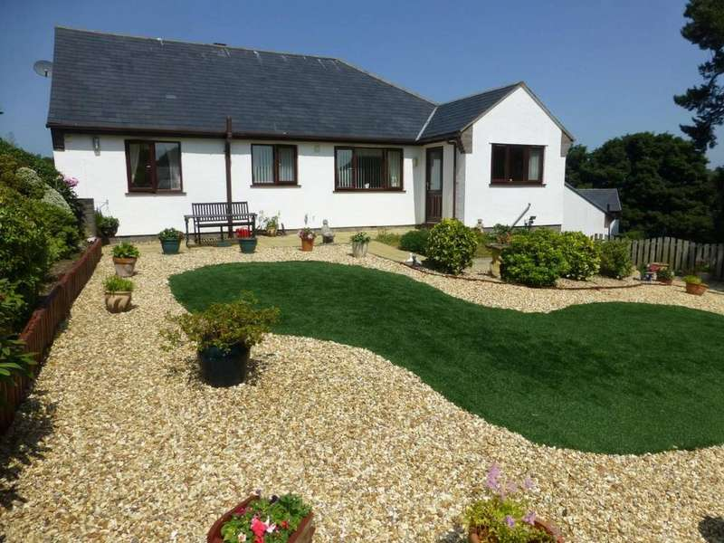 3 Bedrooms Detached Bungalow for sale in 27 Trem Y Coed, Ty n y groes, LL32 8SW