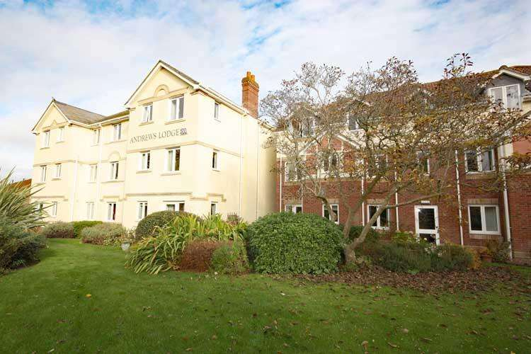 1 Bedroom Apartment Flat for sale in Andrews Lodge, Tylers Close, Lymington SO41