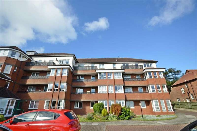 2 Bedrooms Flat for sale in Holbeck Mews, Scarborough