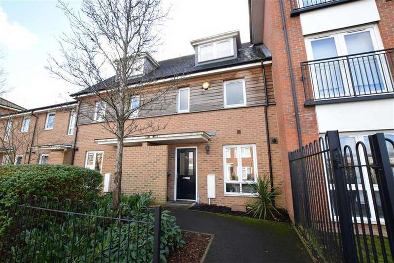 3 Bedrooms Terraced House for sale in Amersham Road, Caversham, Reading