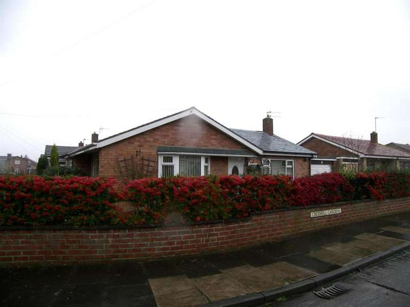 2 Bedrooms Semi Detached Bungalow for sale in Crossfell Gardens, Wansbeck Estate, Stakeford