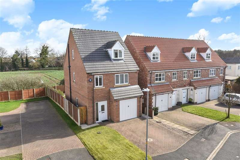 4 Bedrooms Detached House for sale in Fieldside Court, Church Fenton, Tadcaster, LS24 9WA