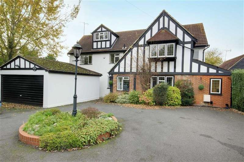 6 Bedrooms Detached House for sale in Darkes Lane, Potters Bar, Hertfordshire