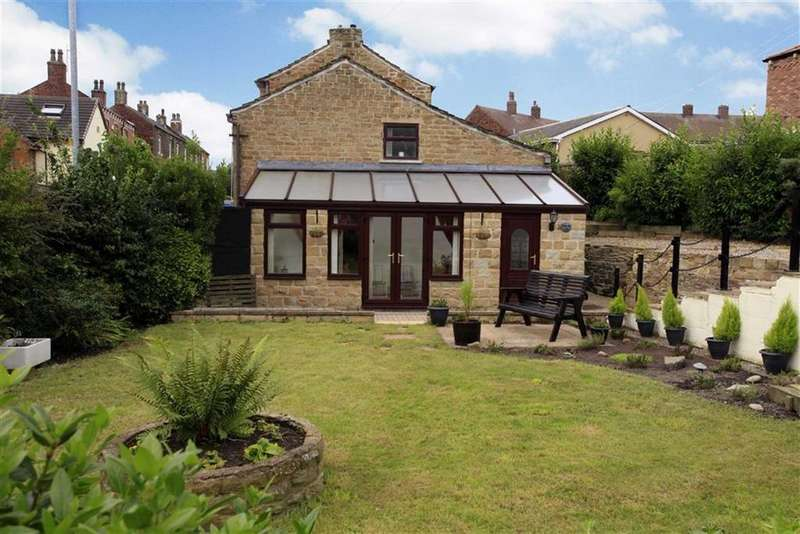 3 Bedrooms Detached House for sale in Cross Road, Middlestown, Wakefield, WF4
