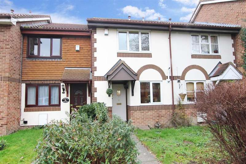 2 Bedrooms Terraced House for sale in Lagonda Way, Dartford