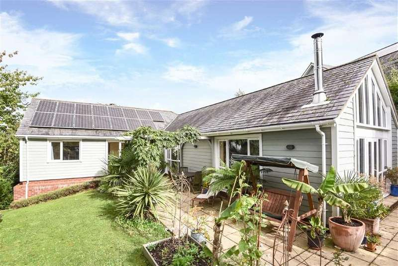 4 Bedrooms Detached House for sale in Clydesdale Road, Exeter, Devon, EX4