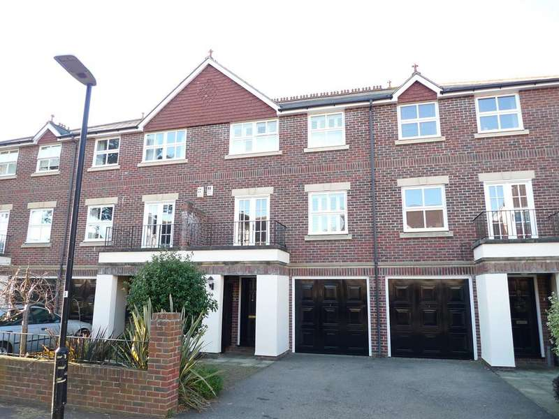3 Bedrooms Terraced House for sale in Ratton Road, Eastbourne, BN21