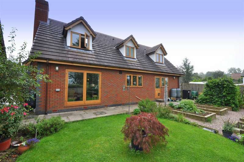 4 Bedrooms Detached House for sale in Southland Drive, Llandrindod Wells