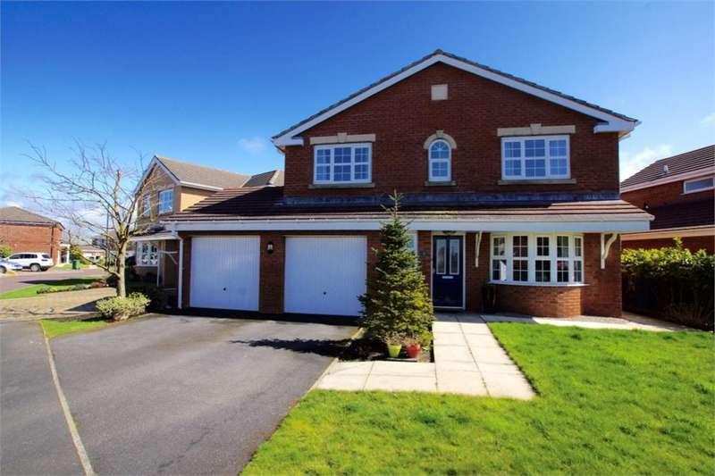 4 Bedrooms Detached House for rent in Sadlers Row, Cypress Point, Lytham, Lancashire