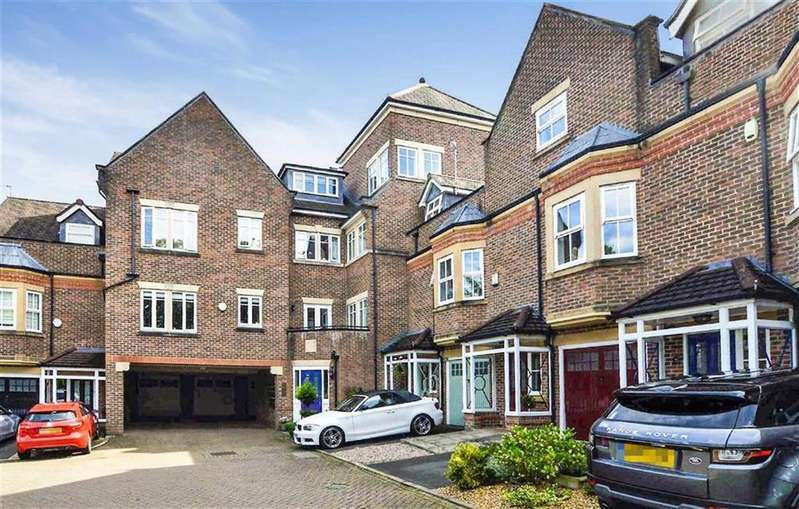 2 Bedrooms Apartment Flat for sale in Regency Court, Hale, Cheshire, WA15
