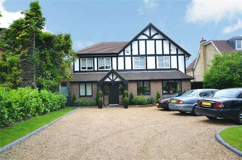 4 Bedrooms Detached House for sale in Camlet Way, Hadley Wood, Hertfordshire