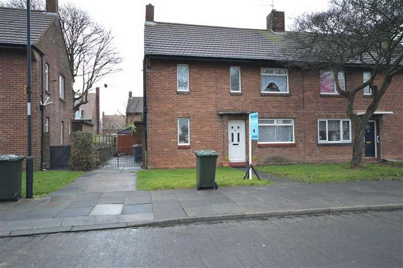 3 Bedrooms Semi Detached House for sale in Cotswold Drive, Whitley Bay