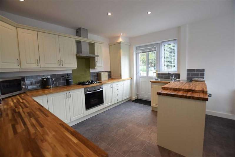 3 Bedrooms Mews House for sale in Ightenhill Park Mews, Burnley, Lancashire