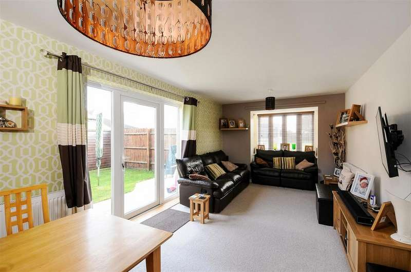 3 Bedrooms End Of Terrace House for sale in Hayday Close, Yarnton