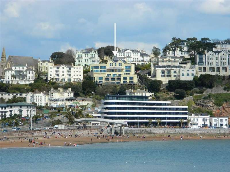 2 Bedrooms Apartment Flat for sale in Warren Road, Torquay, TQ2
