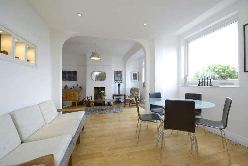 5 Bedrooms Semi Detached House for sale in Duncombe Hill,