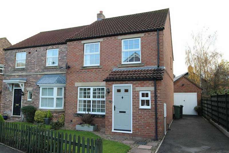 3 Bedrooms Semi Detached House for sale in Wellington Way, Richmond, North Yorkshire