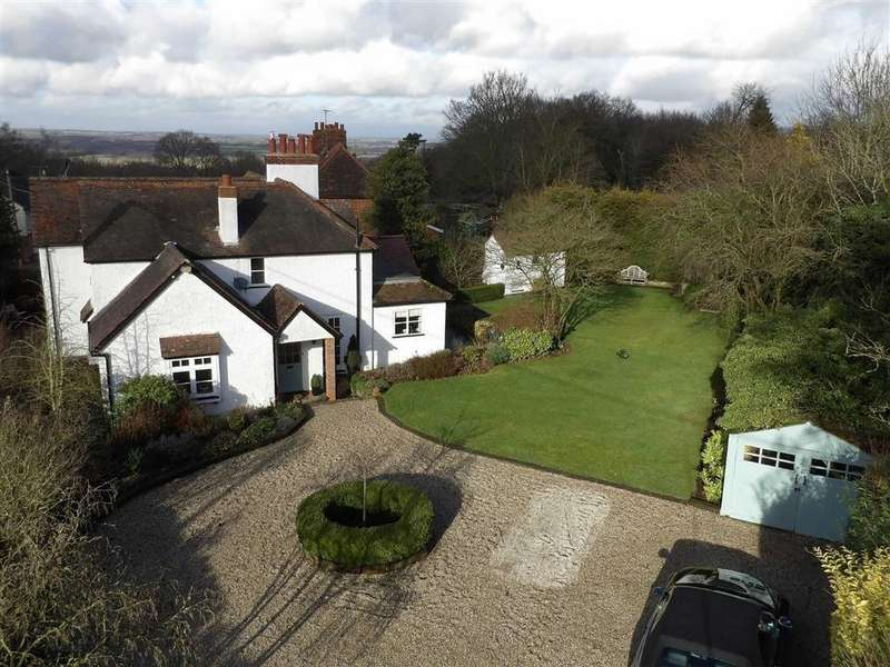4 Bedrooms Detached House for sale in North Hill, Little Baddow, Essex