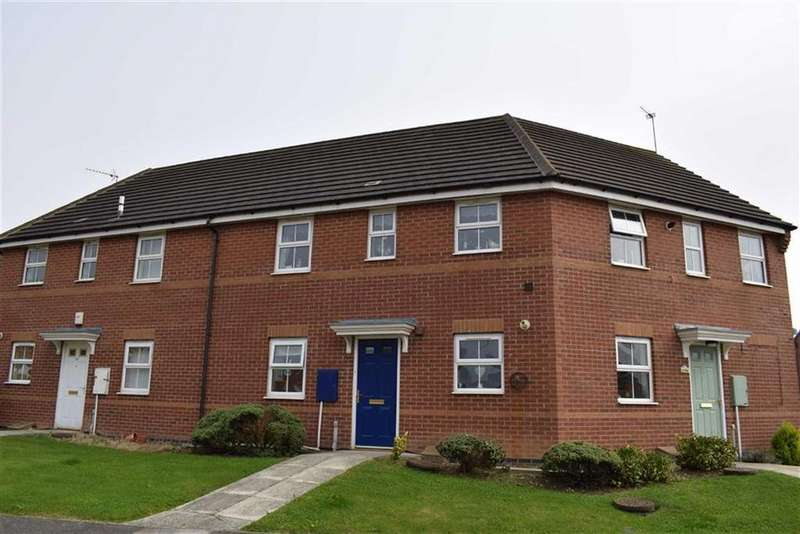 2 Bedrooms Flat for sale in Pasture Crescent, Filey, North Yorkshire, YO14